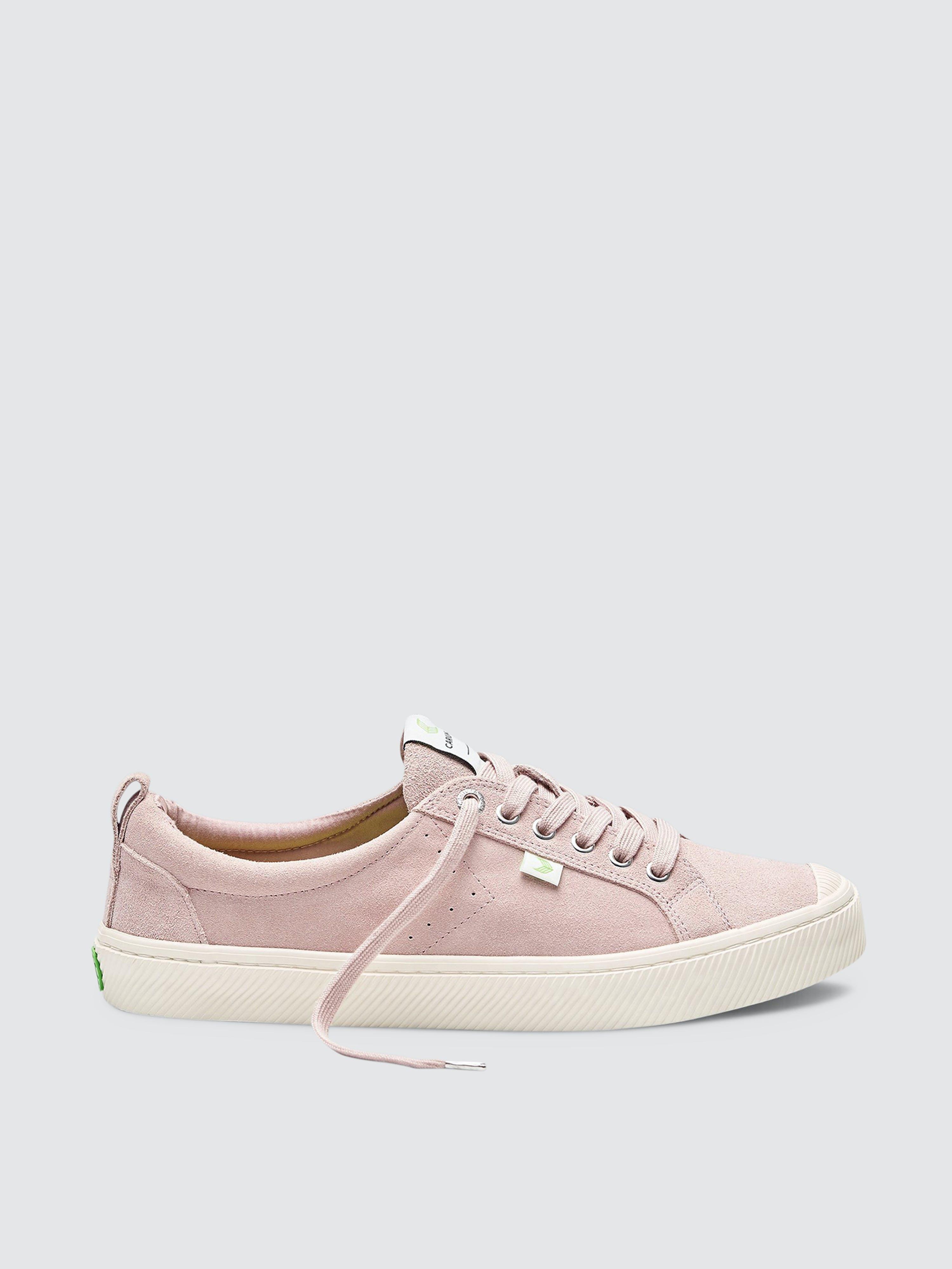 Cariuma Oca Low Rose Suede Sneaker Women In Pink