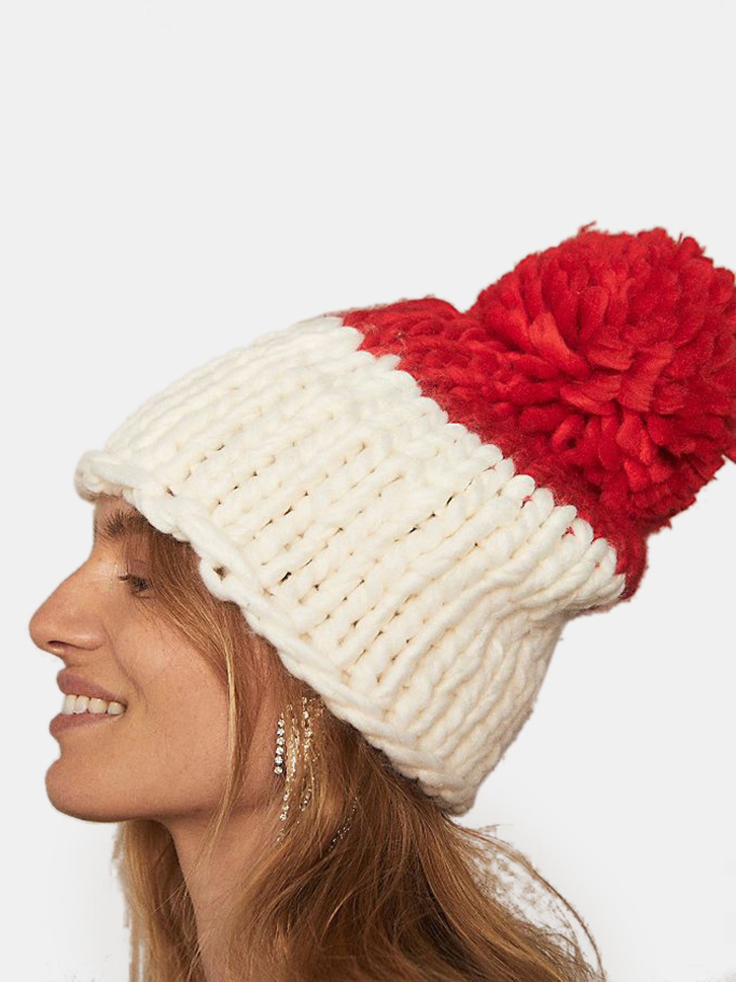 Free People COZY UP COLOR BLOCK POM
