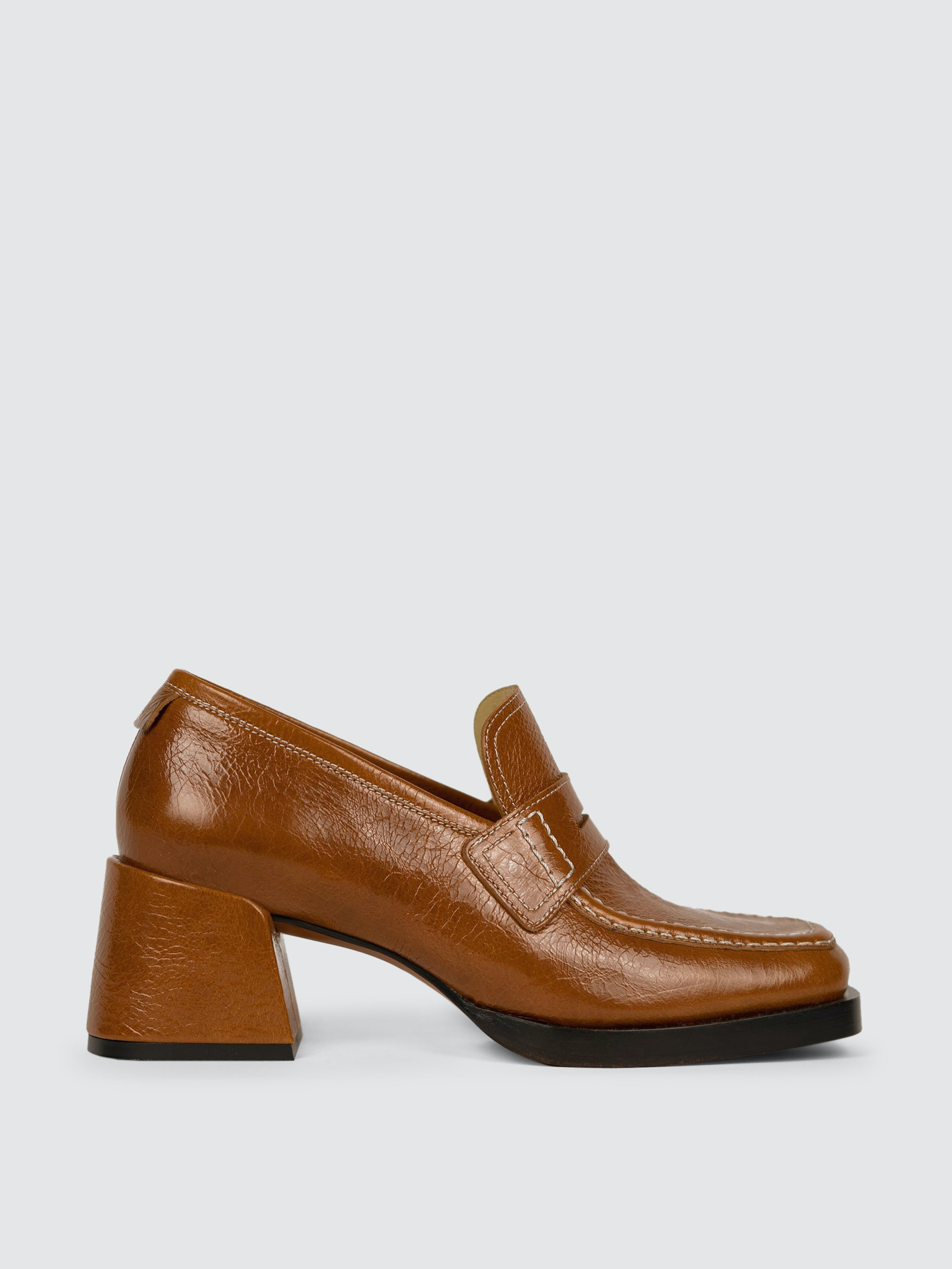 Labucq Kitty Loafer Cognac Patent In Brown