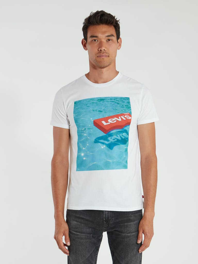 Levi's Pool Float Graphic T-Shirt product image