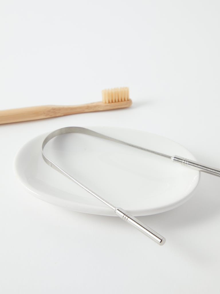 Made by Yoke Stainless Steel Tongue Cleanser product image