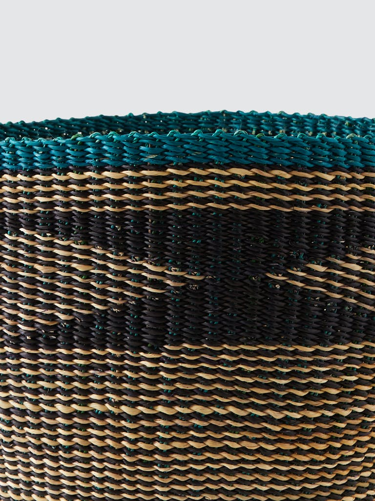 Savanna Baskets Kunkuntu Straw Planter  product image